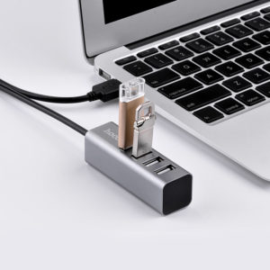 USB centrmezgli (USB hub)